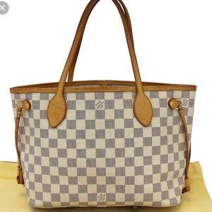PM Louis Vuitton neverfull purse